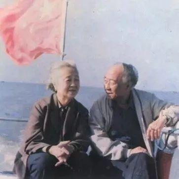 汪曾祺丨外面的世界很精彩,我的世界很平凡