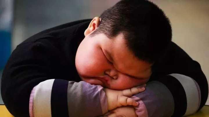 孩子太胖,是妈妈的错还是奶奶的错?