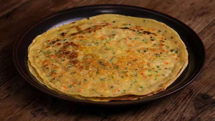 做好葱花煎蛋饼, 必备两个小技巧!