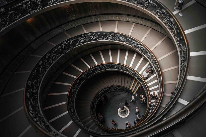3梵蒂冈博物馆旋转楼梯-275.jpg