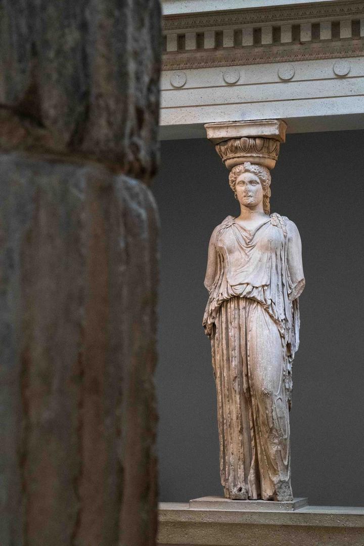 7大英博物馆-伊瑞克提翁神庙的女神柱04239.jpg