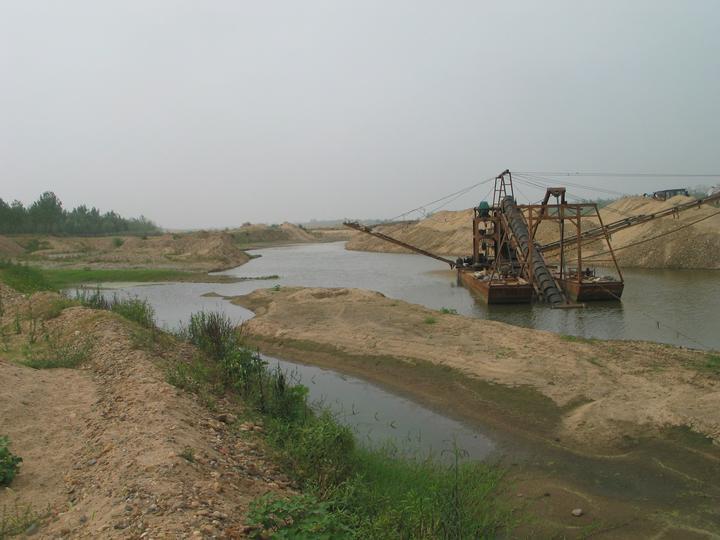 梁庄的河.jpg