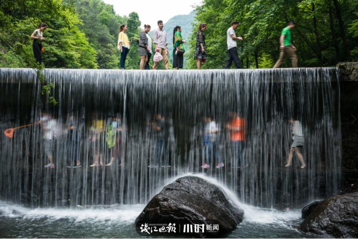 吴欢《山水之间》.png