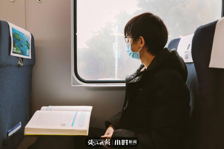 8.赖煜伟,20岁,浙江遂昌县人,就读于东北财经大学管理科学与工程专业,梦想做一个经融学家。.jpg