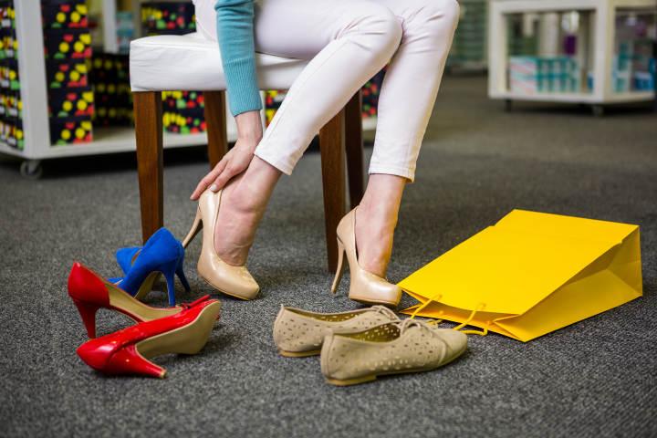 年轻时穿高跟鞋,退休后跳广场舞,杭州阿姨脚趾头变形了……