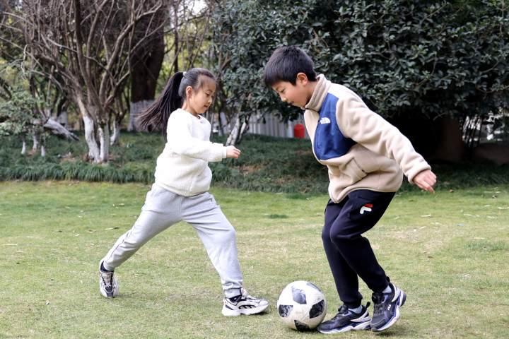 绿城育华足球.jpg