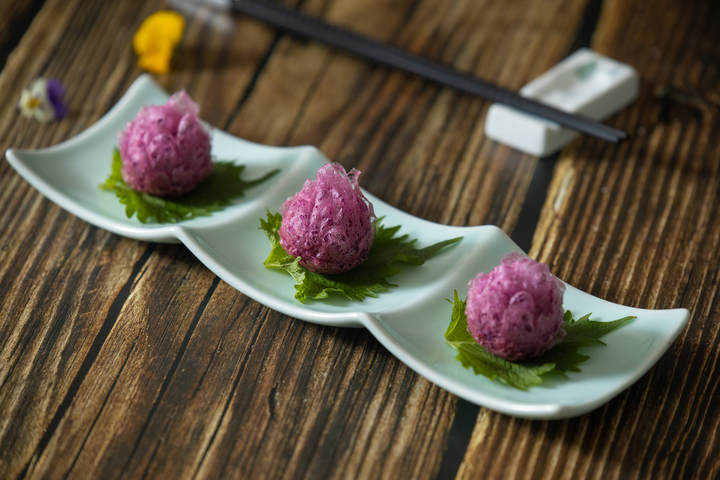 蜂巢紫薯酥.jpg