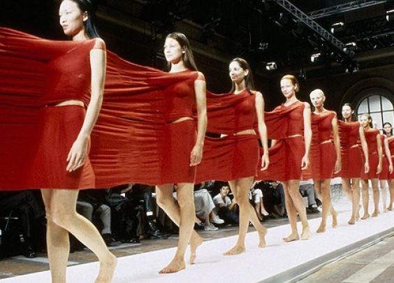 纽约MoMA博物馆时隔73年又办了场时尚展