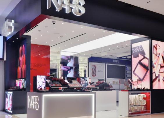 NARS杭州首家概念店在武林银泰正式开业