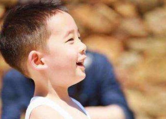 培养优秀孩子,父母必须遵守的5条金律