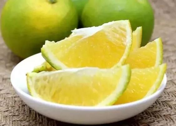 一天吃掉了116个橙子,脸都黄了,才有了这份靠...