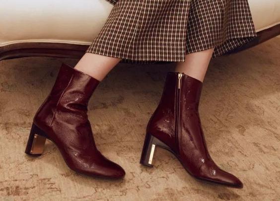 除了黑色,还有哪些颜色的靴子时髦又好搭?