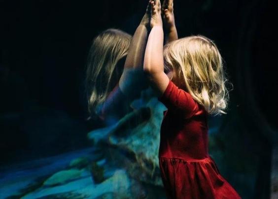 为什么越乖的孩子,路走的越艰难?