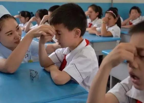 幽默科普,什么样的孩子最适合戴OK镜?