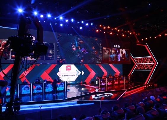 LGD首秀 杭州迎来首场电竞主场比赛