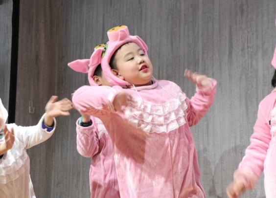 杭州这所小学的期末考很特别:和小猪一起闯关