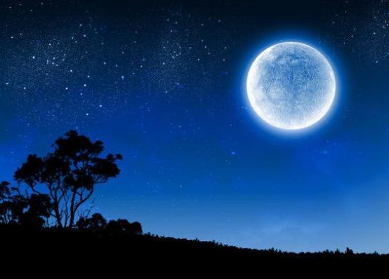 """历史上真正的""""蓝月亮"""",到底长啥样?"""