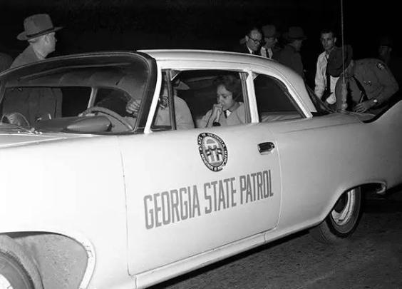1961年,非裔学生被迫离开佐治亚州大学