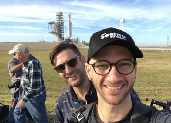 摄影师里最酷的工作!他是美国肯尼迪航天中心认证...