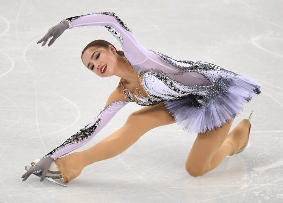 俄罗斯奥运代表团的首金,姗姗来迟却美丽依旧