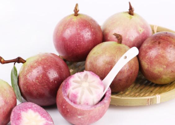 """试吃越南进口网红水果""""牛奶果"""",口感像果冻一样..."""