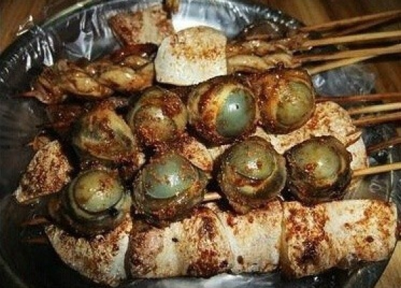 广西九大奇葩美食,如果非让你选一样你吃什么?
