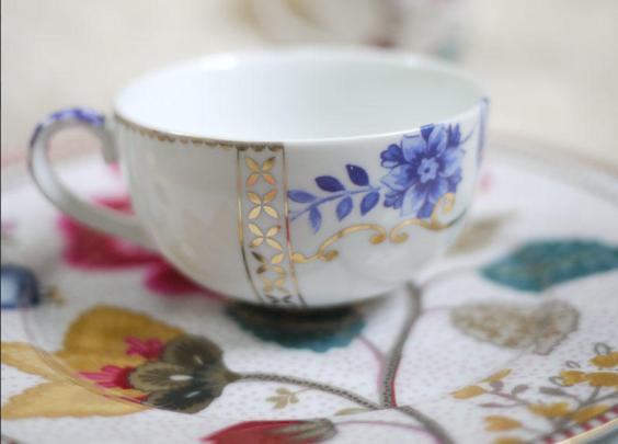 ¥12 欧洲皇家系列新骨瓷金边装饰花卉迷你咖啡杯