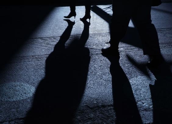 面对校园性骚扰,我们该做和不该做的是什么