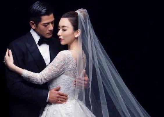 郭富城方媛结婚周年,甜蜜婚照曝光
