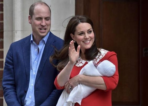 英国再添小王子,是第五顺位继承人