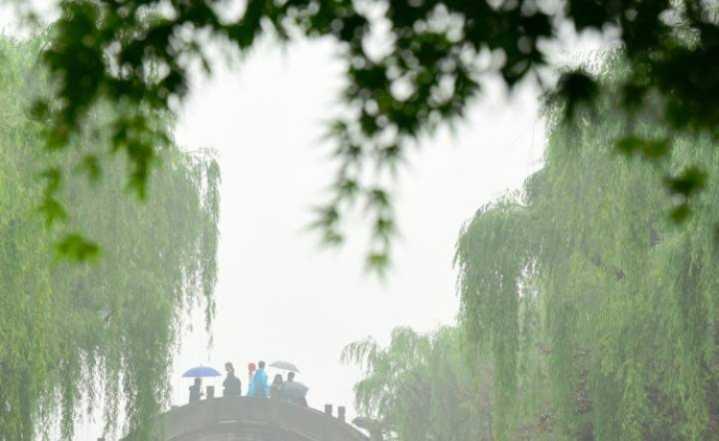 """想哭,五一杭城天气可能是""""阵雨+阵雨+阵雨"""""""