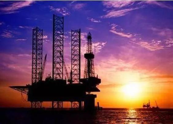 """中国原油期货""""满月"""":日均6万手的成交量是高还..."""