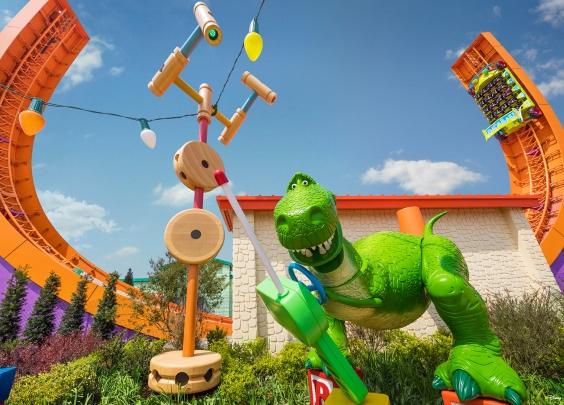 """今天,传说中的""""迪士尼·皮克斯玩具总动员""""主题..."""