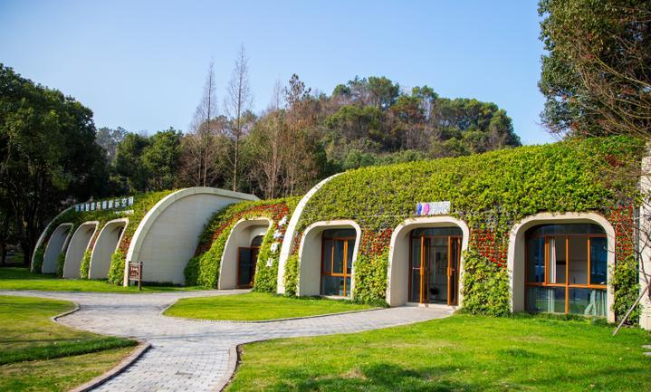 6.生态型公厕.jpg